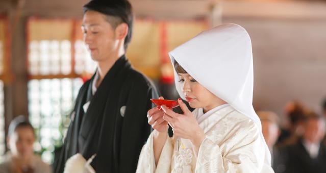 四柱神社での結婚式